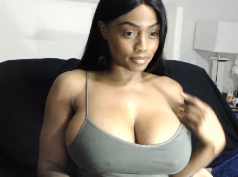 Sweet hot and sexy cam chat girl Sindee Personal web site