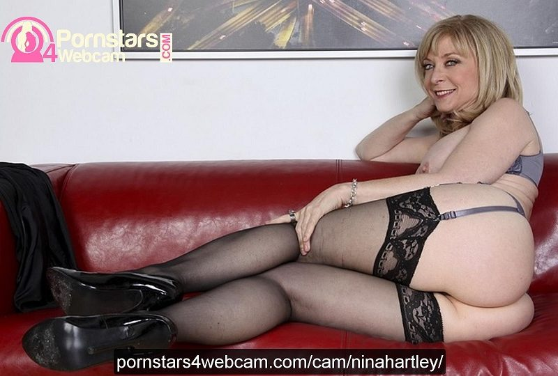 Nina Hartley Live Cam Sex Picture