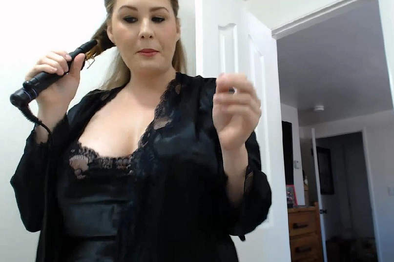Allison Moore Webcam Show